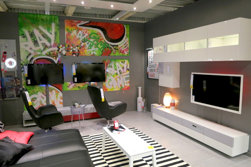 ikea marseille vitrolles ambiance ikeaddict. Black Bedroom Furniture Sets. Home Design Ideas